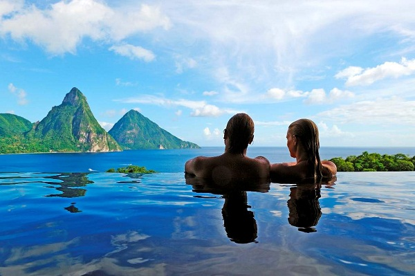 St. Lucia infinity pool