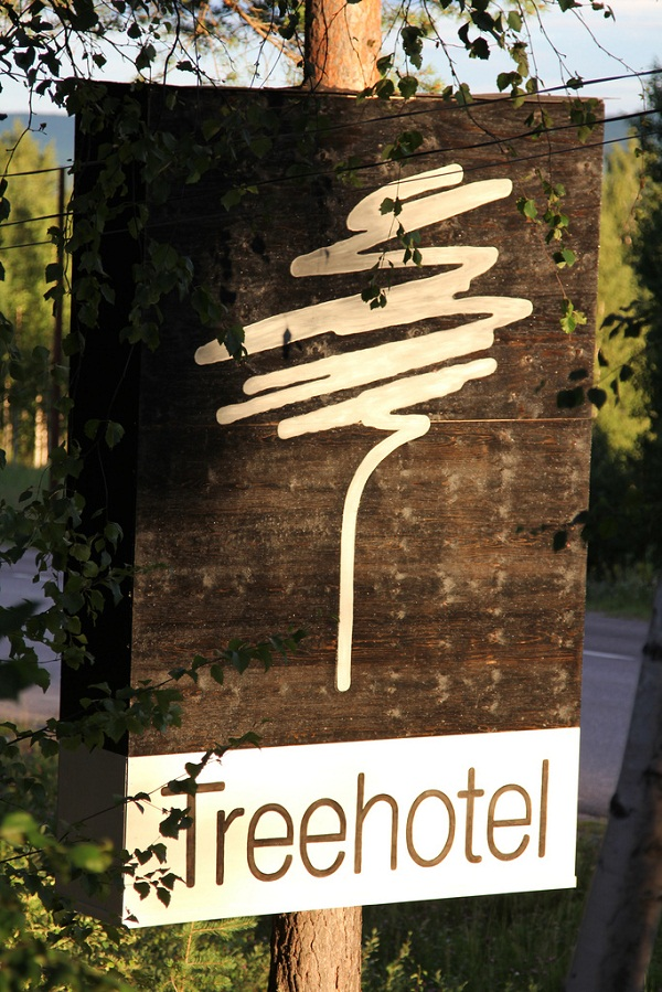 Harads Treehotel Sign