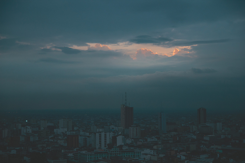 Guayaquil Enveloped in Darkness