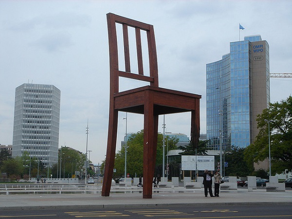 Three legged Chair monument