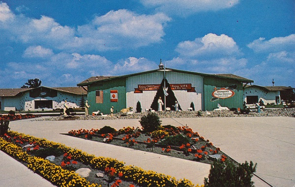 Bronner's department store