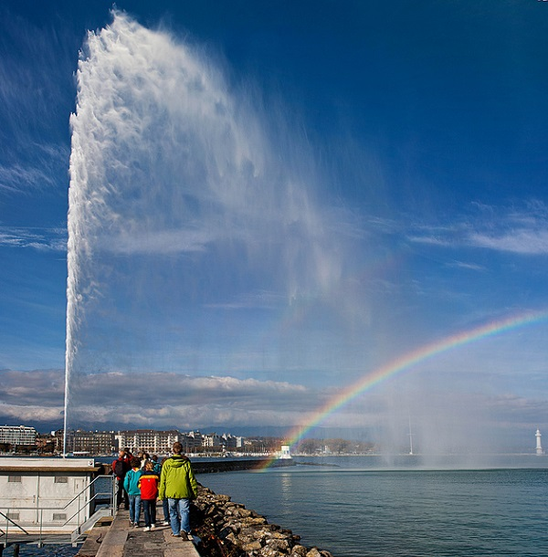 Jet D'Eau water jet with a rainbow