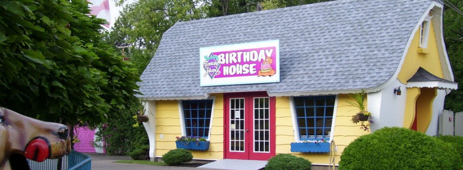 Where to Party In the USA for Your Birthday