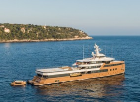2 Unreal Experiences Only Done by Charter Yachts
