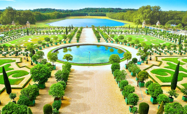 Palace of Versailles whole garden