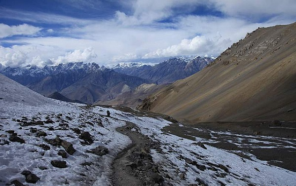 Nepal Descent from Thorong Pass
