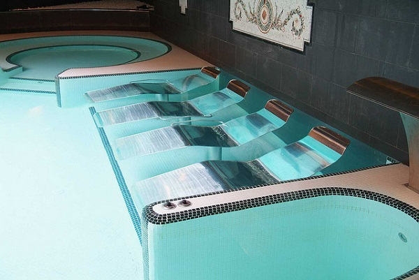 Valencia Spa beds