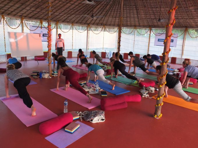 How To Maintain Your Yoga Practice While Traveling Advisor Travel Guide